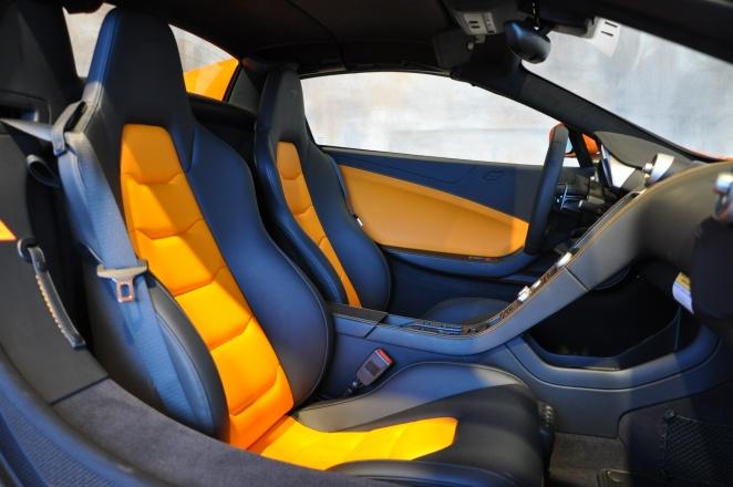 2015 McLaren 650S Spider-0a902bc5c2ed48eeb36b3d9f5ef6d524x-jpg